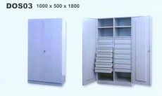 Díl.ocel.skříň na soklu,půlená, 14 zásuvek, DOS 03